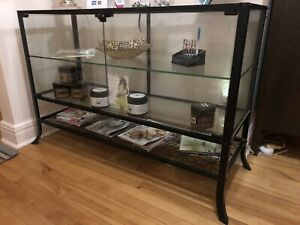 Ensemble Vaisselier- Table- Miroir- IKEA
