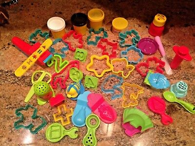 Play-Doh Molds Cutters Accessories Animals Shells Fish & Other Shapes