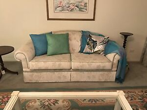 Classic full set lounge suite with table and ottoman Taringa Brisbane South West Preview