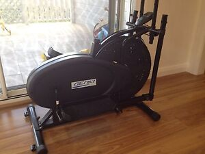 Elliptical trainer Elanora Heights Pittwater Area Preview