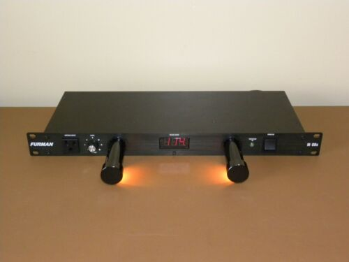 Furman M-8Dx Rack Mount 15 Amp 8+1 Outlet Power Conditioner