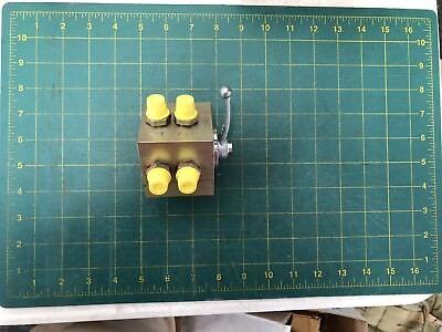 5001207182-terex-jlg-diverter-valve 2-way
