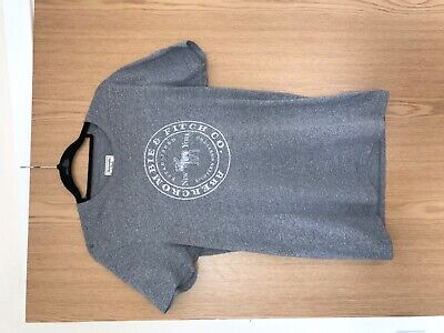 Men's Abercrombie and Fitch grey T-shirt in small