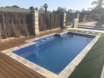 Decking / timber retaining wall contractor