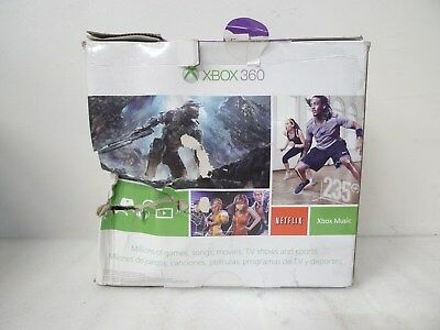 Microsoft N7V-00001, Xbox 360 4GB Holiday Bundle with Kinect and 2 Games comprar usado  Enviando para Brazil