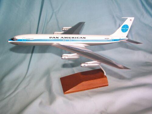 PAN AMERICAN AIRLINES PANAM  BOEING 707 DESK MODEL   SKYMARKS EXECUTIVE