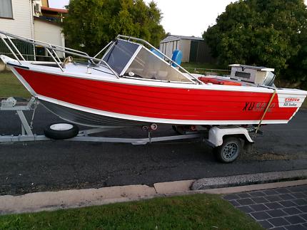 5.2 M aluminium boat
