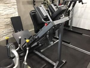 Leg press hack squat Bodycraft f660