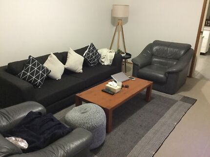 Room available for rent in Belconnen Town Centre!