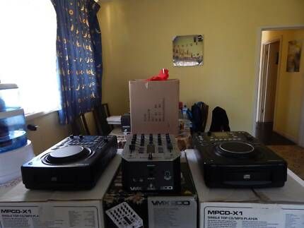 2x Citronic MPCD-x1 1x Behringer VMX200 Mixer with BPM DJ Set Noble Park Greater Dandenong Preview