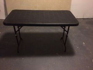 Moving sale - 3 folding tables