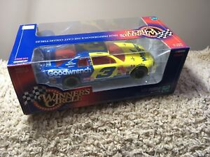 Winner's Circle Dale Earnhardt Sr. Goodwrench Wrangler Diecast