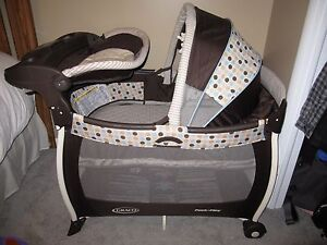 Graco playpen, with bassinet and changing station.
