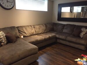 Ashley like-new sectional couch