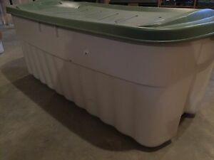 Jumbo Rubbermaid Container