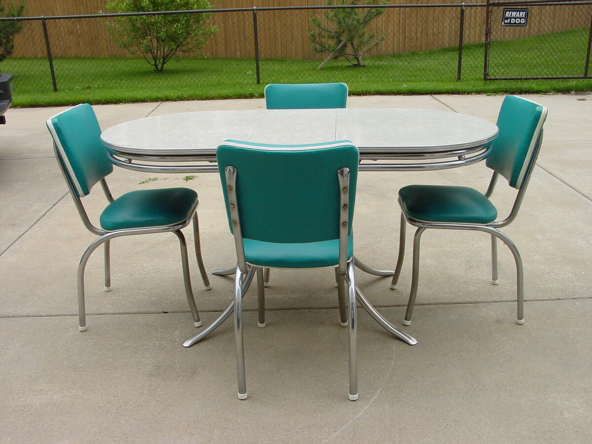 Vintage retro 1950 39 s formica and chrome kitchen table and for Retro kitchen table and chairs