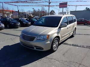2013 Chrysler Town & Country Touring-L Leather Stow 'N' Go Re...