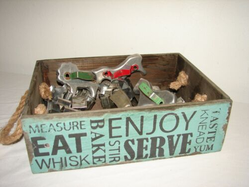 Vintage Metal Cookie Cutter Collection 22 pc in Decorative Wood Kitchen Box