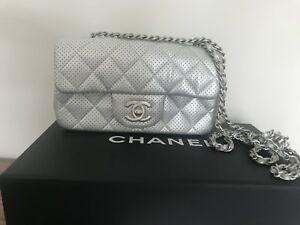 Chanel Mini Flap Bag, handbag, purse Worn 3 times