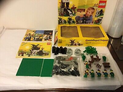 LEGO SET #6066 1987 CASTLE SYSTEM CAMOUFLAGED OUTPOST COMPLETE, BOX