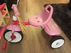 Tricycle RadioFlyer baby girl