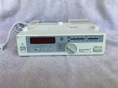 *NICE* GE 7-4232B Spacemaker Kitchen Under Cabinet AM FM Radio & Light