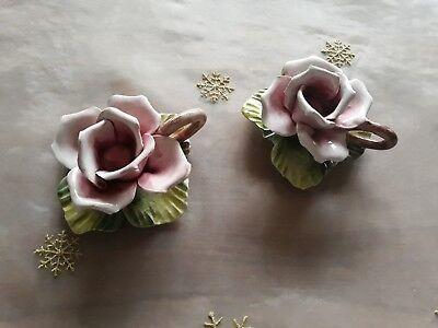 2 Rosen-Blüten aus Porzellan Tischdekoration Blume aus Italien