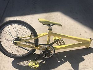 2013 Supercross Bmx Envy V3 race bike.         OBO