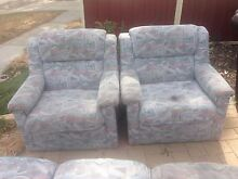 Free Lounge chairs Central West Area Preview