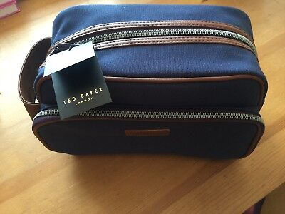 TED BAKER  Mens Canvas LargeSports Gym Gift Navy Washbag BNWT