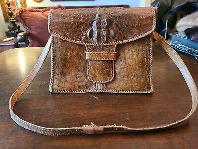 1940s Handbags and Purses History VINTAGE~1940s/1950s~BROWN GENUINE ALLIGATOR HAND BAG w/STRAP~11