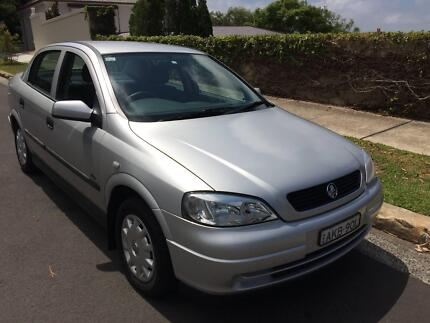 Holden Astra Auto Low Kms (52231) Log Books