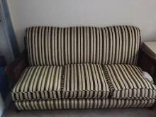Jacobean Lounge Suite Grays Point Sutherland Area Preview
