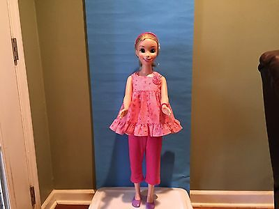 OOAK MY SIZE BARBIE OUTFIT-BRIGHT PINK CAPRIS & PINK EYELET TOP + EXTRAS