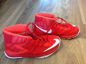 Size 4 Nike air basketball shoes