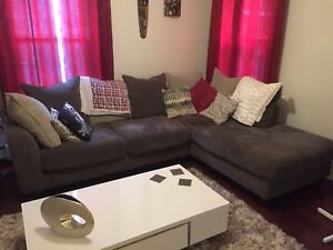 Beautiful grey sectional couch / chaise for sale