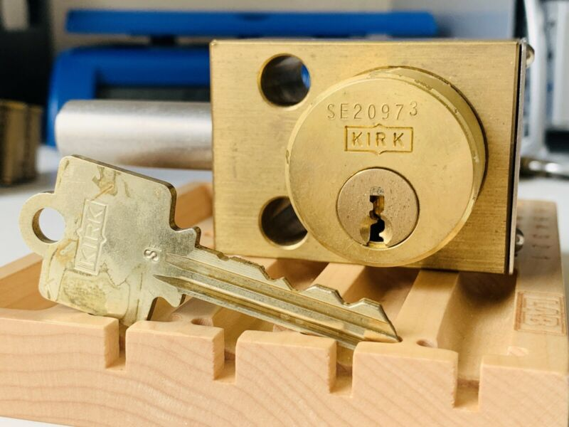 1 Piece Kirk Key Interlock w/ Key Industrial Lockout Accessory Brass Bolt Lock