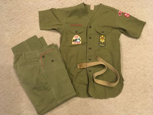 NICE VINTAGE BOY SCOUTS UNIFORM WITH PATCHES AND BELT NEW JERSEY