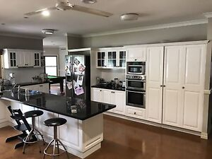 Kitchen with granite work surface Tanawha Maroochydore Area Preview