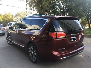 Chrysler Pacifica Limited 2017 Great Condition