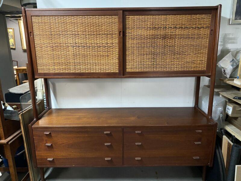 Hans Wegner Original Danish Modern  Teak Dresser Credenza Cabinet Sideboard