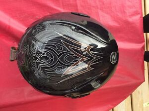 Snowboarding helmet (unisex) for sale!