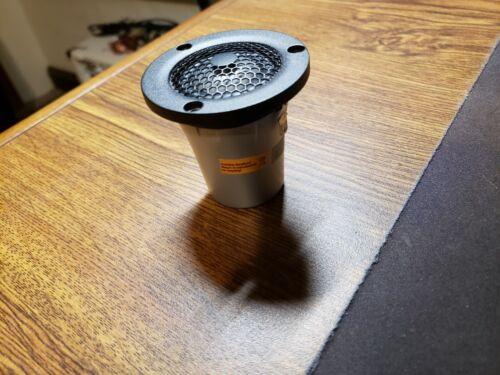 ScanSpeak Illuminator D3004/6040-10 Beryllium Dome Tweeter