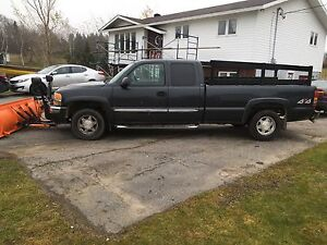 2004 Sierra with plow. Inspected! St. John's Newfoundland image 4