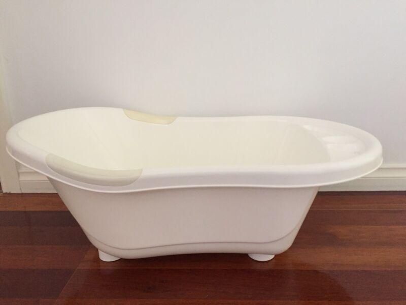 Love n care baby bath tub   Baths   Gumtree Australia Bankstown Area ...