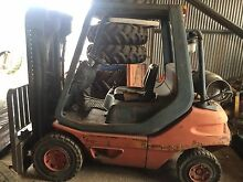 Forklift Linde - 2.5 tonne - Gas - Container Mast Horsley Park Fairfield Area Preview