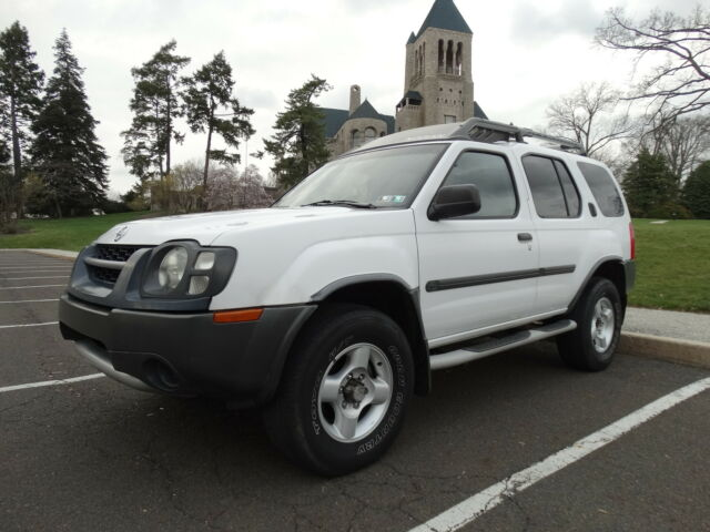 Image 1 of Nissan: Xterra 4dr XE…