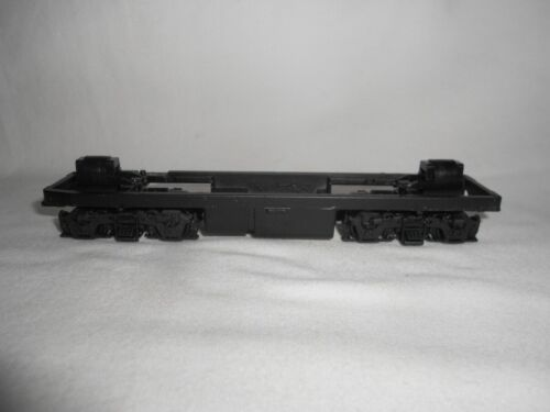 * HO SCALE ATHEARN F7 DUMMY CHASSIS *