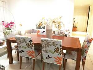 Beautiful Freedom 6-seater Solid Timber Dining Table   6 Free Chairs