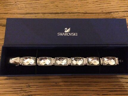 Swarovski nirvana bracelet Aberglasslyn Maitland Area Preview